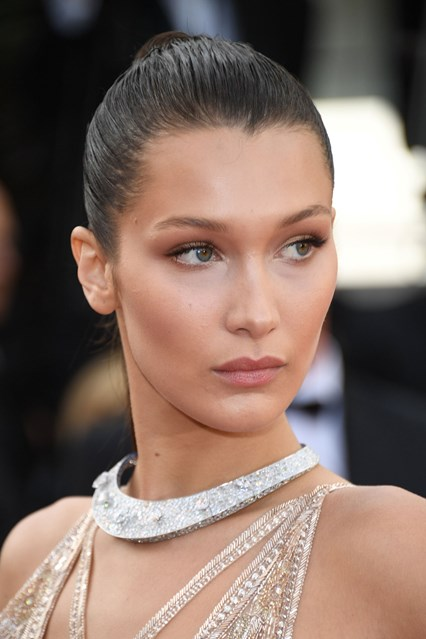 bella-hadid-beauty-cannes-12may16-getty_426x639