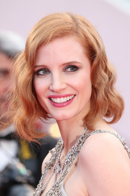 jessica-chastain-cannes-beauty-vogue-13may16-getty_b_426x639