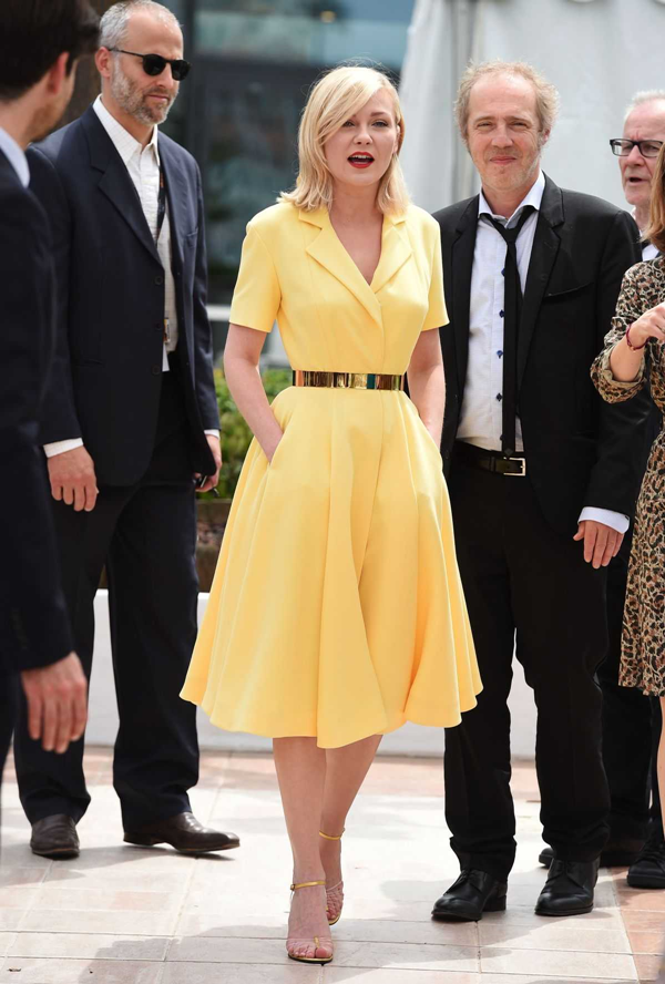 kirsten-dunst-at-jury-photocall-at-69th-cannes-film-festival_1211122019.png