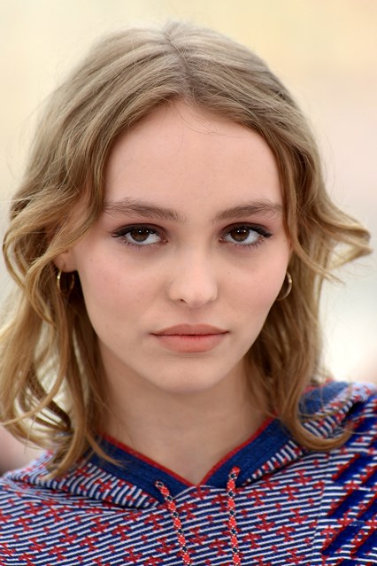 lily-rose-depp-cannes-beauty-vogue-13may16-getty_b_426x639
